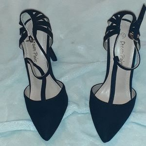 NWT   Dream pairs heels